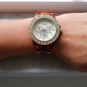 Accessories - Gold and turtle shell color watch
